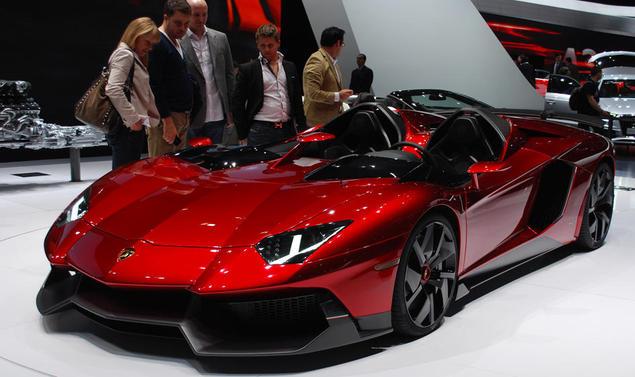 Lamborghini Aventador J, rilasciato il video ufficiale