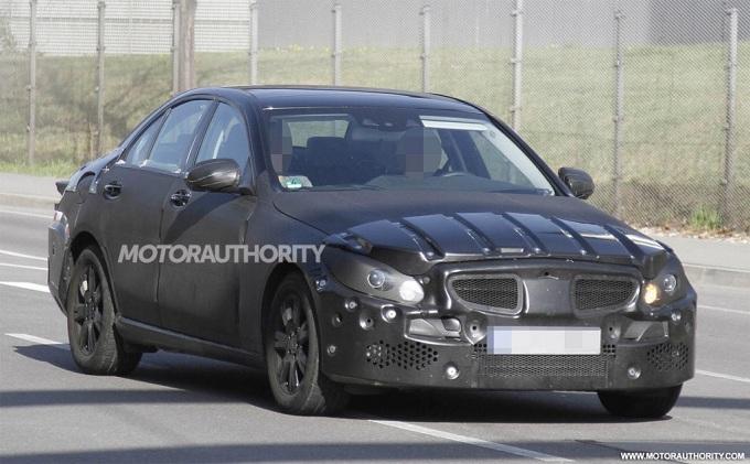 Mercedes Classe C 2013, foto spia della nuova generazione