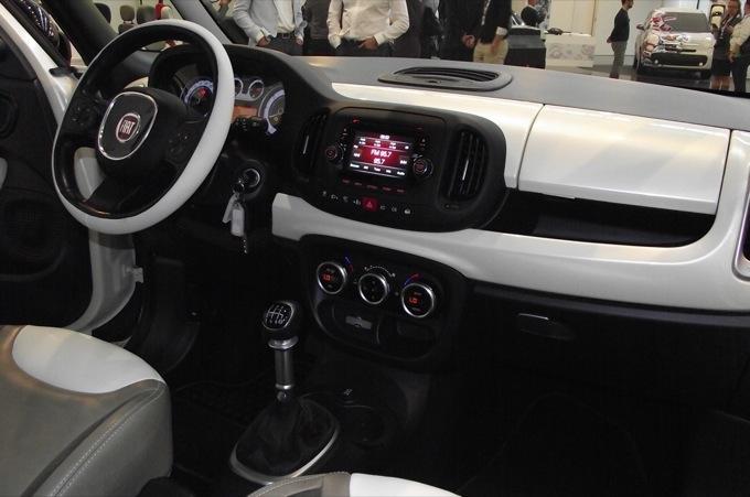 Fiat 500l Foto Esclusive Dal Vivo Dei Nuovi Interni