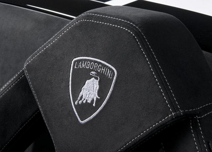 Lamborghini, il SUV già svelato al Salone di New York 2012