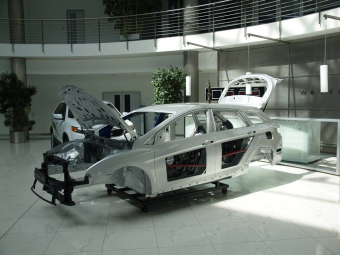 Hyundai i30 e i40, riconoscimenti di prestigio da EuroNCAP ed EuroCarBody Golden Award