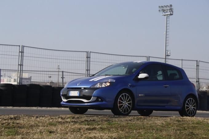 Clio RS velocità dating