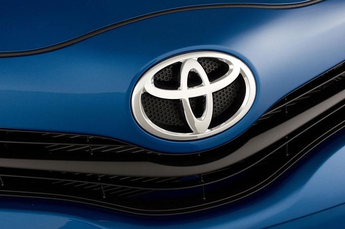Toyota, nel primo semestre del 2012 è il costruttore che vende di più al mondo