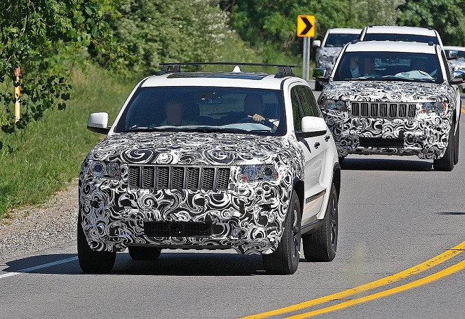 Jeep Grand Cherokee restyling foto spia luglio 2012