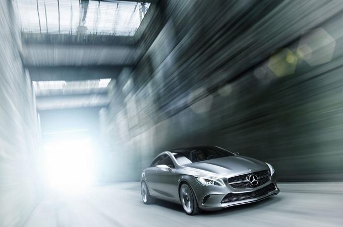 Mercedes CLA, probabile anche per lei il debutto di una versione station wagon