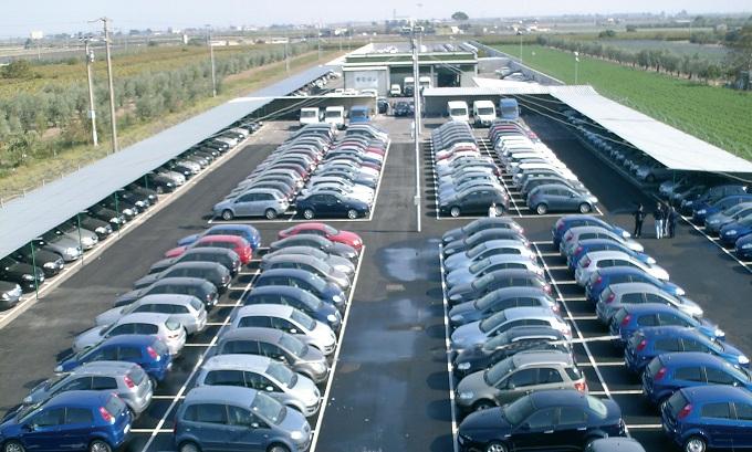 Vendite auto, nel mese di giugno calano del 24,42%