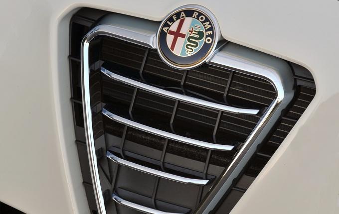 Alfa Romeo Giulia, nuove indiscrezioni sulla berlina del Biscione