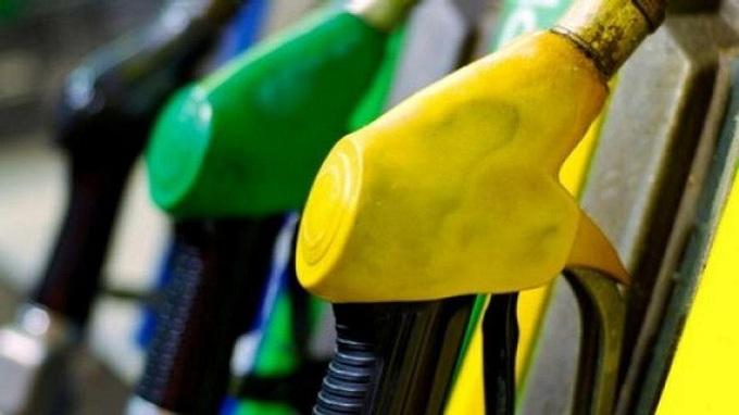 Carburanti, nuovo aumento di 0,42 centesimi di euro