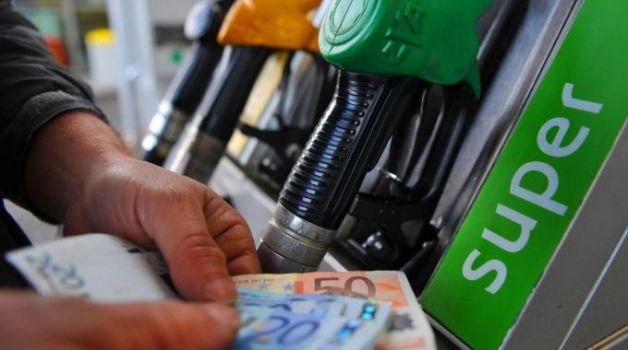 Carburanti, una nuova stangata estiva per gli automobilisti italiani
