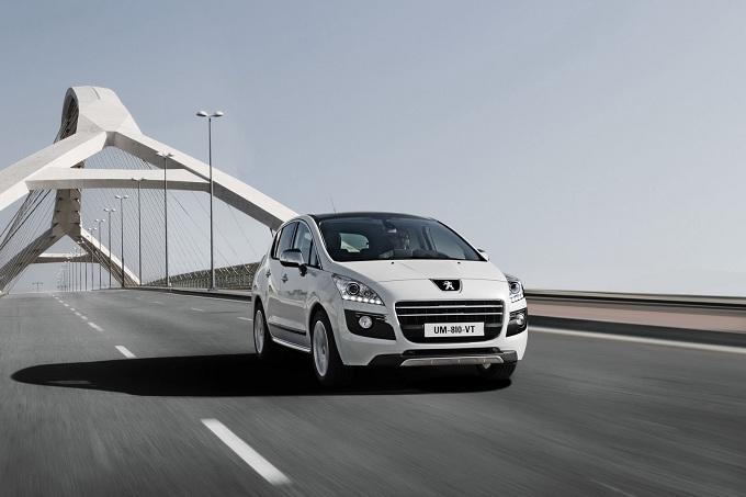 Peugeot 3008 HYbrid4, le emissioni scendono sino a 91 g/km