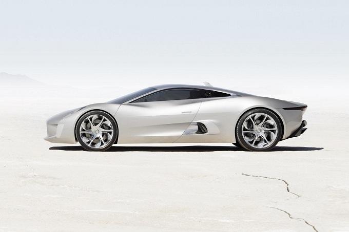 Jaguar produrrà cinque prototipi della supercar C-X75