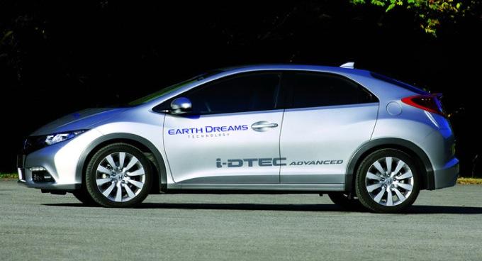 Parigi 2012: Honda prepara la nuova Civic con motore i-DTEC