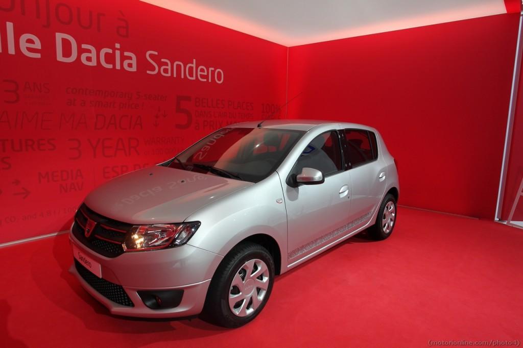 Dacia sandero foto live dal salone di parigi for Dacia immagini