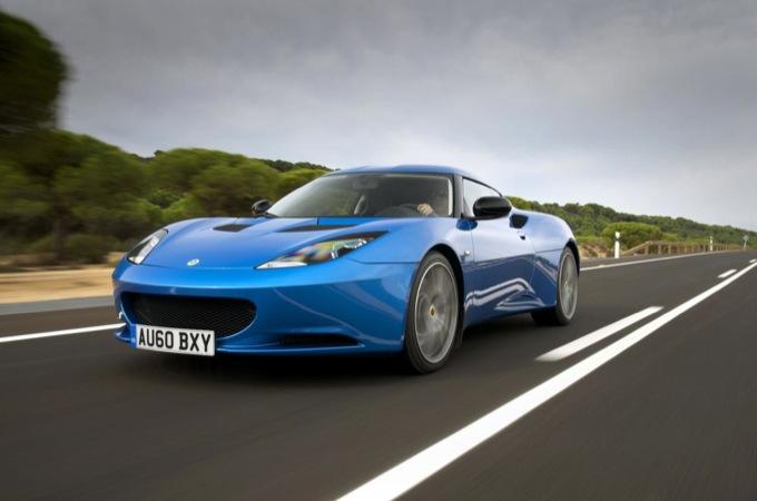 Aston Martin E Lotus Insieme Per La Super Sportiva Del Futuro