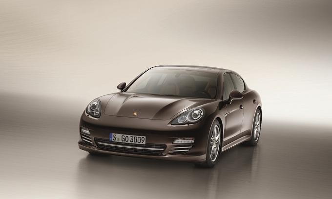 Porsche Panamera Platinum Edition, arriva la serie speciale
