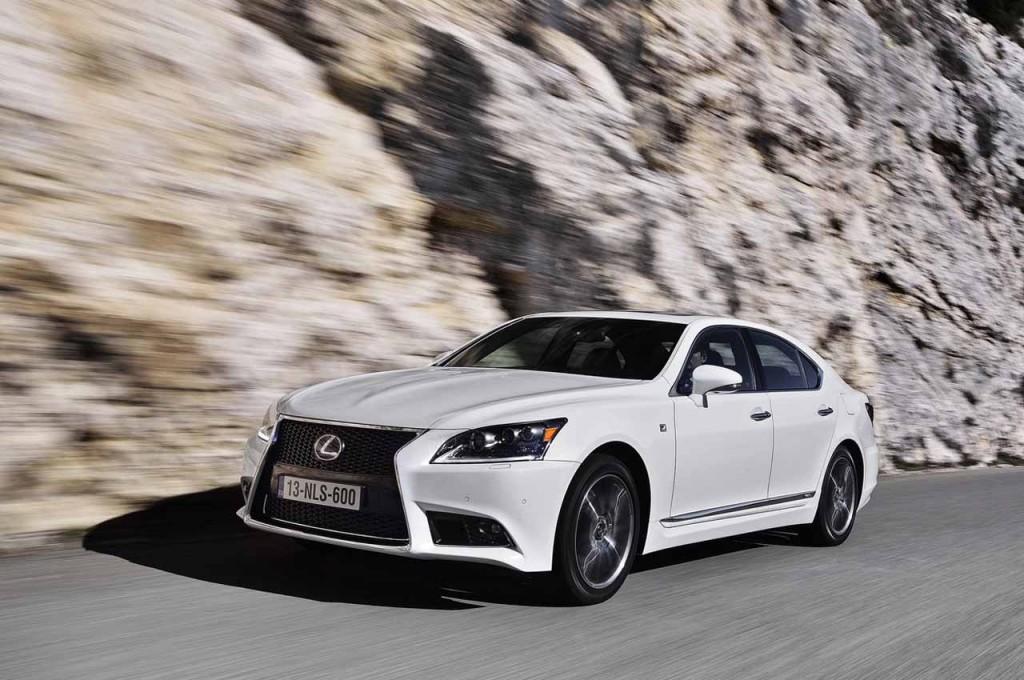 Lexus LS 2013: un vero e proprio elogio al lusso
