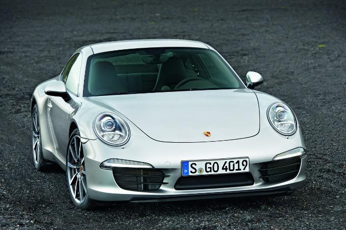 Porsche, una sorpresa per festeggiare i 50 anni della 911