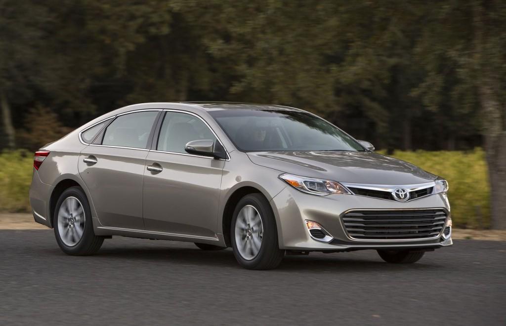 Toyota Avalon 2013: novità estetiche e tecniche