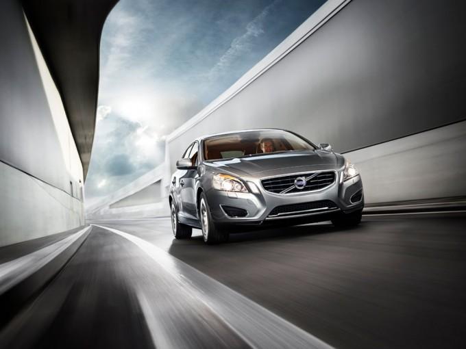 Volvo V60 Plug-in Hybrid, consumi ridottissimi