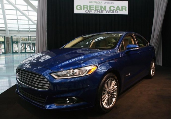 Ford Fusion nominata Green Car of the Year 2013 al Salone di Los Angeles