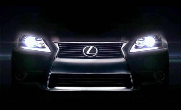 Lexus IS 2013: una nuova concezione di lusso ed efficienza