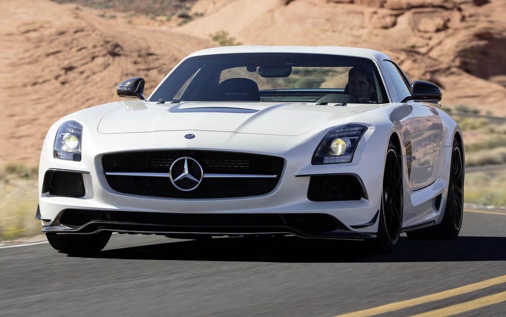 Mercedes, una Smart offerta per l'acquisto di una SLS AMG