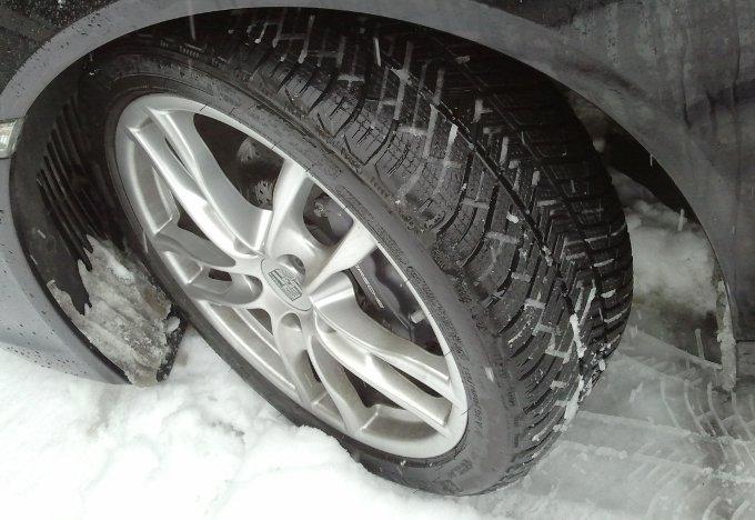 Michelin Pilot Alpin 4: prova su strada della gomma invernale ad alte prestazioni