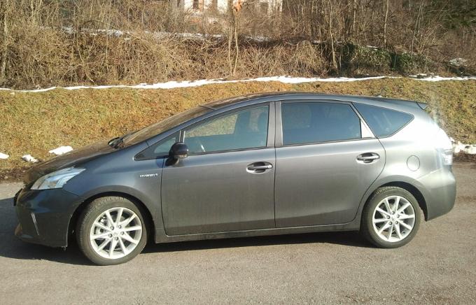 Toyota Prius Plus 7 posti, impressioni di guida
