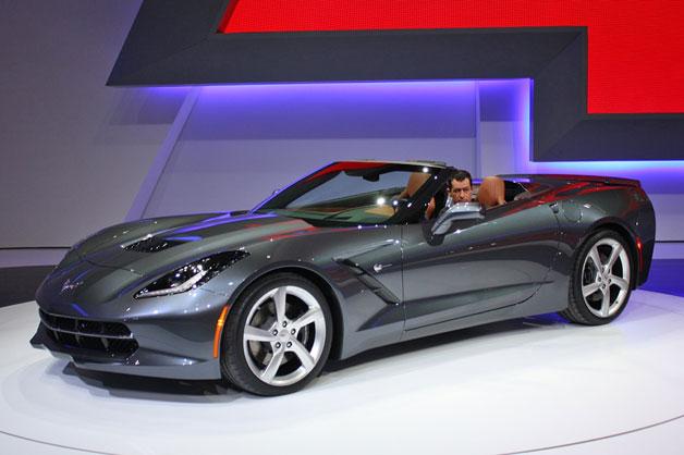 Chevrolet Corvette Stingray Convertible, all'asta il primo esemplare