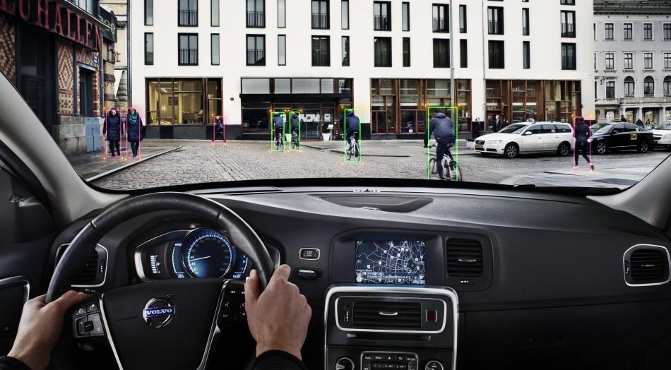 Volvo, a Ginevra con la tecnologia Cyclist Detection