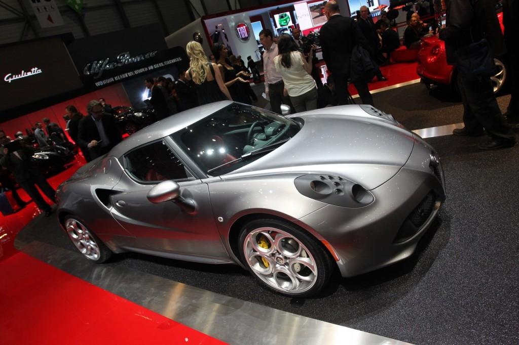 Alfa Romeo 4C, tra i segreti della supercar dal Salone di Ginevra (LIVE)