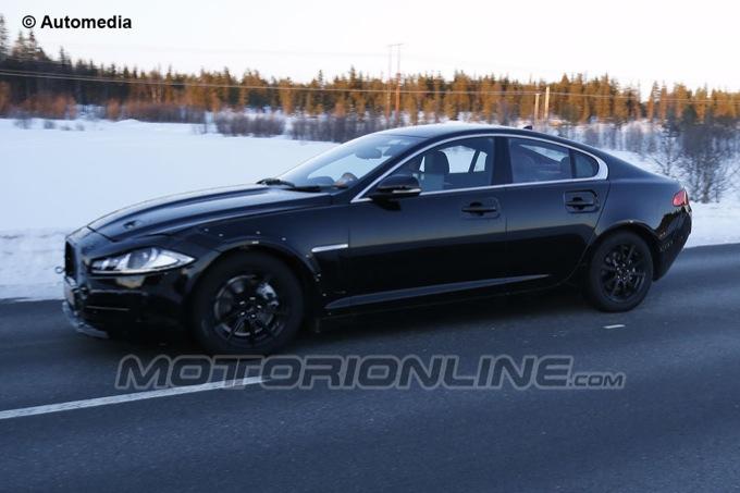 Jaguar XS - Foto spia 14-03-2013