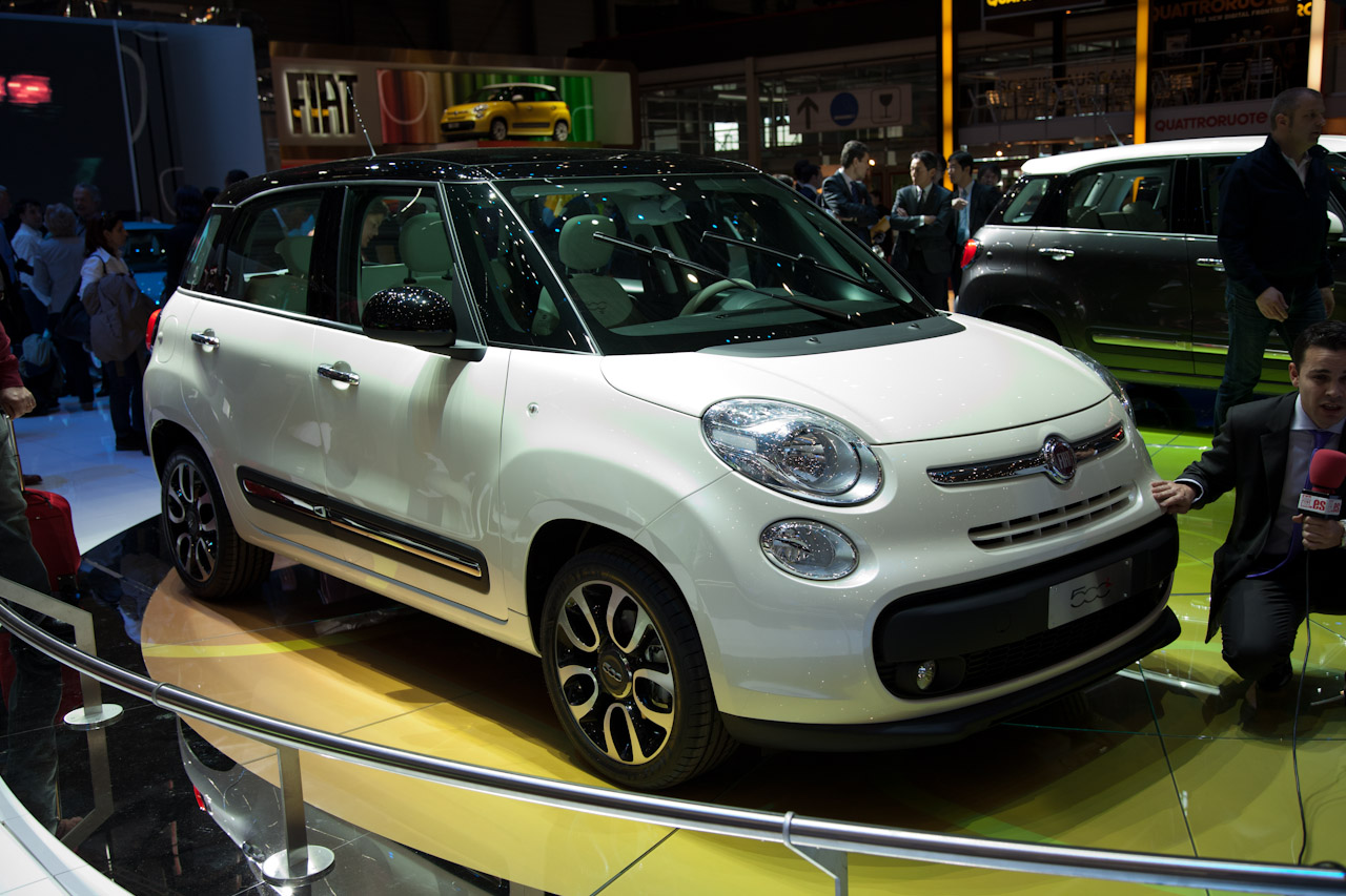 fiat 500l l mpv italiana sbarca in america. Black Bedroom Furniture Sets. Home Design Ideas