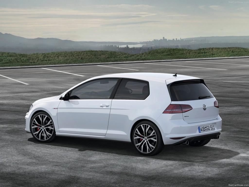 """Volkswagen Golf eletta """"Diesel Car 2013"""" dalla rivista inglese Car Magazine"""