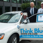 World-Record-Volkswagen-Passat-TDI-and-drivers