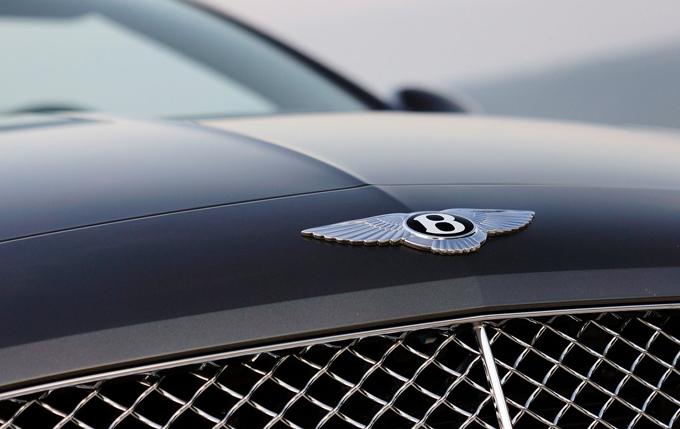 Bentley, confermato il SUV in via ufficiale