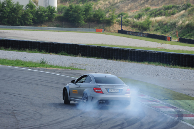 continental-amg-driving-accademy-franciacorta_05