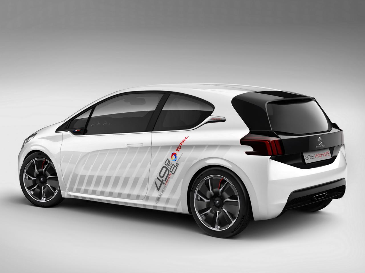 Peugeot 208 Hybrid FE Concept (1)