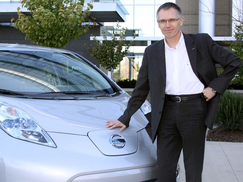 Renault, Carlos Tavares pensa a dirigere GM o Ford