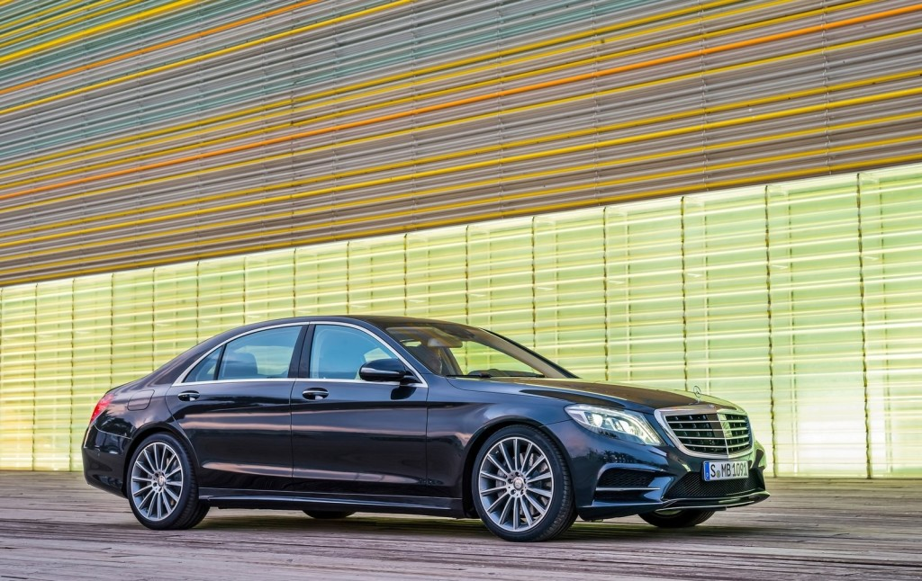 Mercedes Classe S: protagonista al Milano Moda Donna