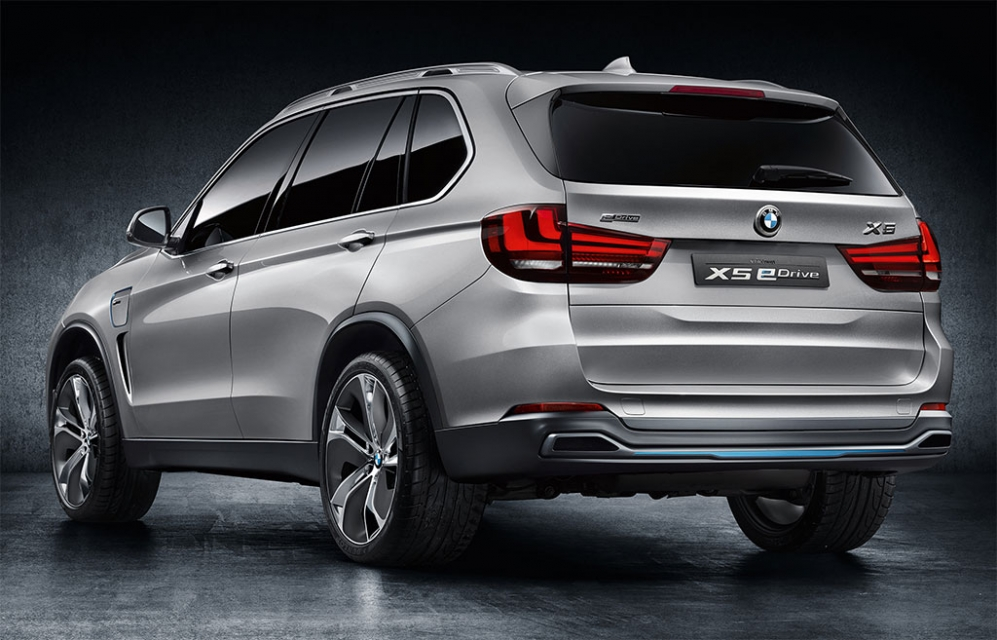 bmw x5 edrive si va verso la produzione. Black Bedroom Furniture Sets. Home Design Ideas