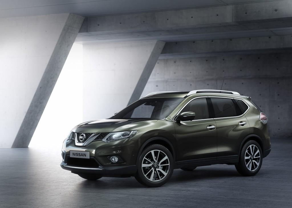 Nissan X-Trail 2014 al Salone di Francoforte per svelare il nuovo look in anteprima