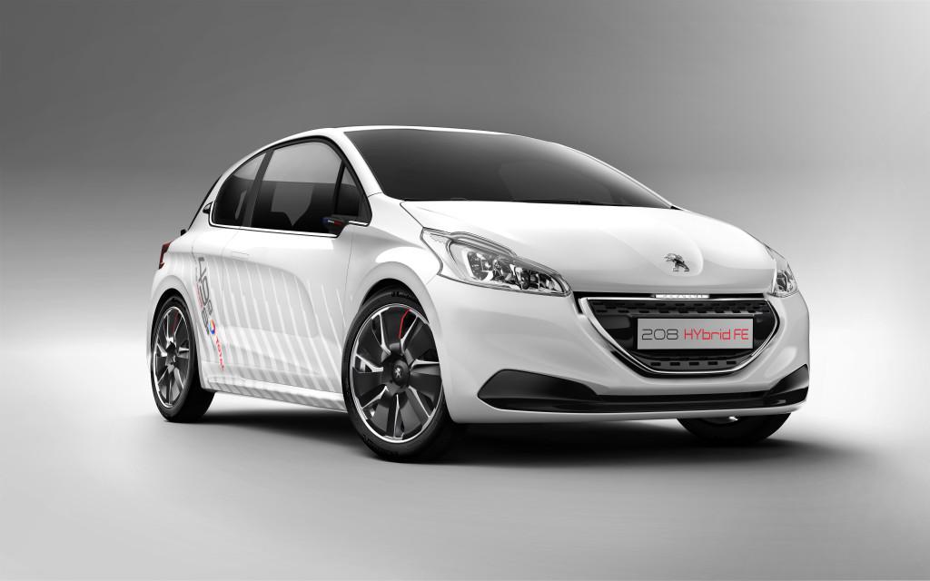 Peugeot 208 Hybrid FE, emissioni di CO2 da record: 46 g/km