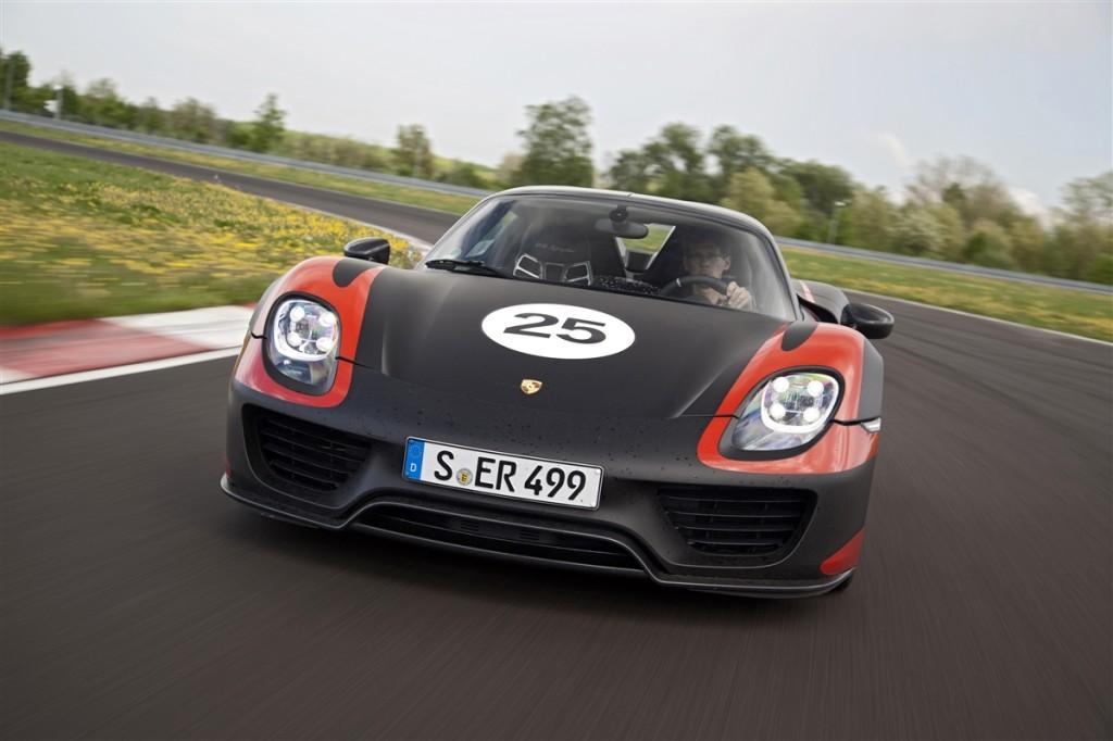 Porsche 918 Spyder, la supercar ibrida secondo chi l'ha creata