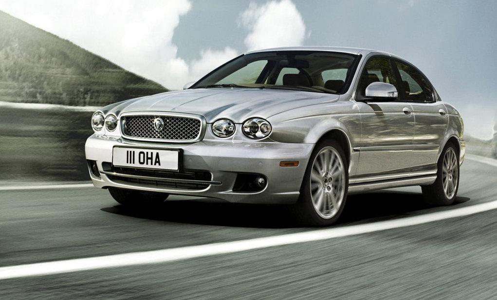 Jaguar, la berlina entry-level in arrivo nel 2015