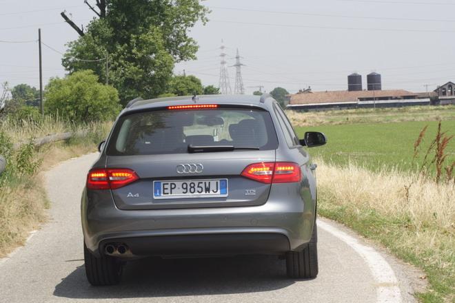 Audi_A4_Avant_Quattro_Prova_su_strada_33