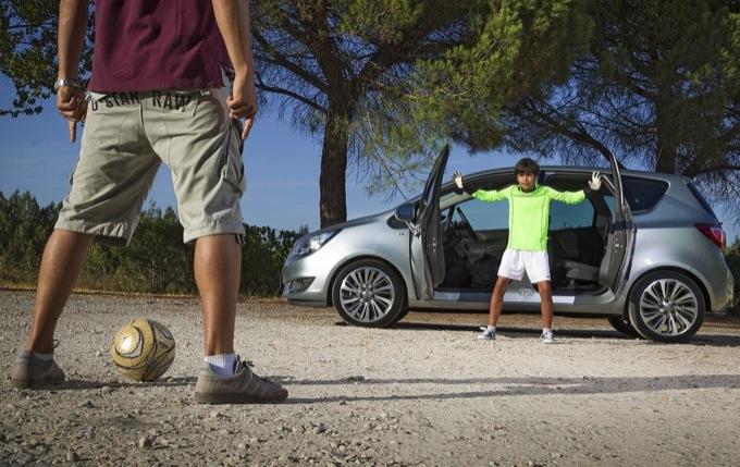 Opel Meriva MY 2014, rilasciate foto e video ufficiali del facelift