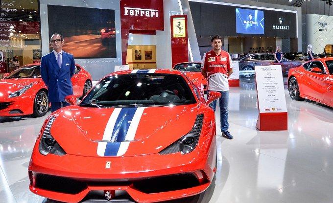 Ferrari 458 Speciale: debutto a Dubai