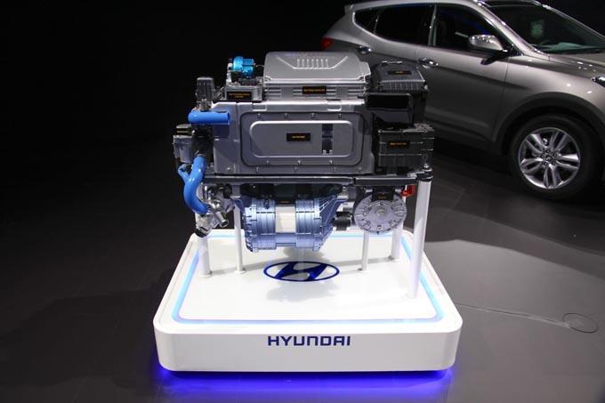Hyundai ix35 Fuel Cell: aggiornamento dal Salone di Los Angeles