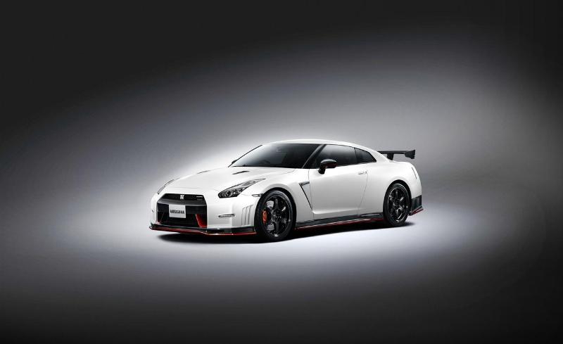 Nissan GT-R Nismo prime immagini